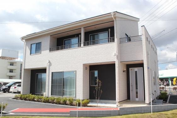 新築一戸建て低価格住宅のパパまるハウス佐久支店(展示場)