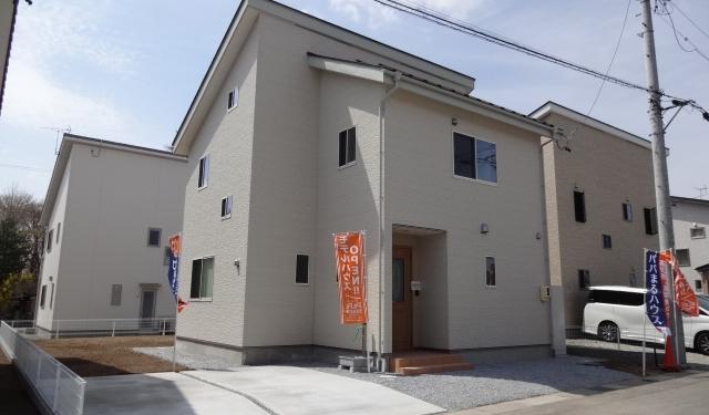 佐久小田井5号棟 北側