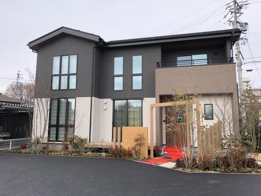 新築一戸建て低価格住宅のパパまるハウス長野北営業所(展示場)